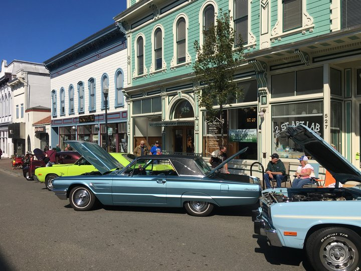 PHOTOS Classic Cars Take Over Old Town Lost Coast Outpost - Old town car show