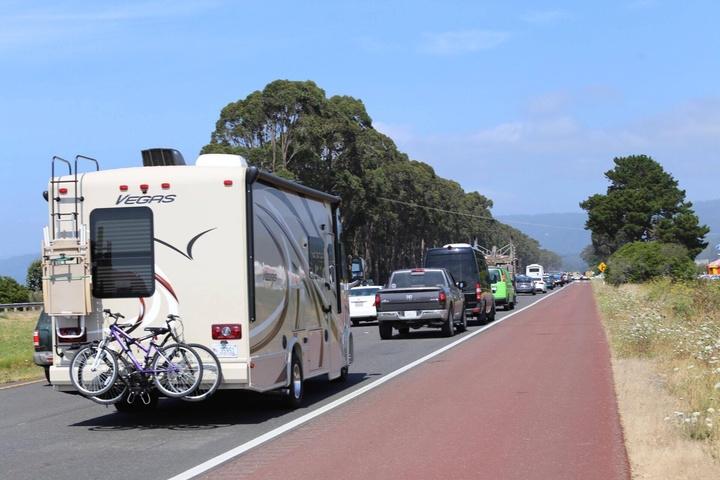 Update highway shut rollover crash in safety corridor for Mid city motors eureka