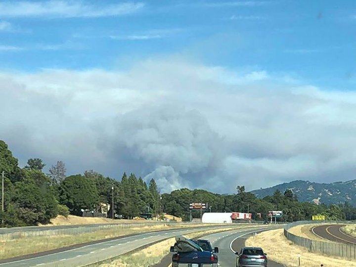 Thousands Evacuate due to Mendocino Fires