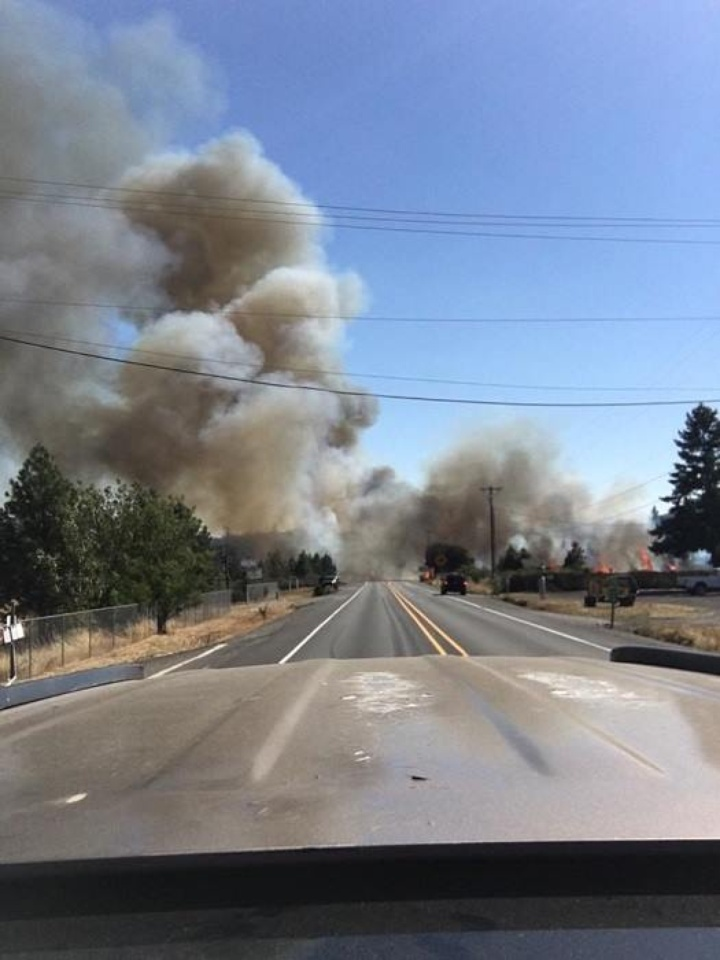 Fire Shuts Down Highway 199 In Oregon Before Grants Pass Lost Coast Outpost Humboldt County