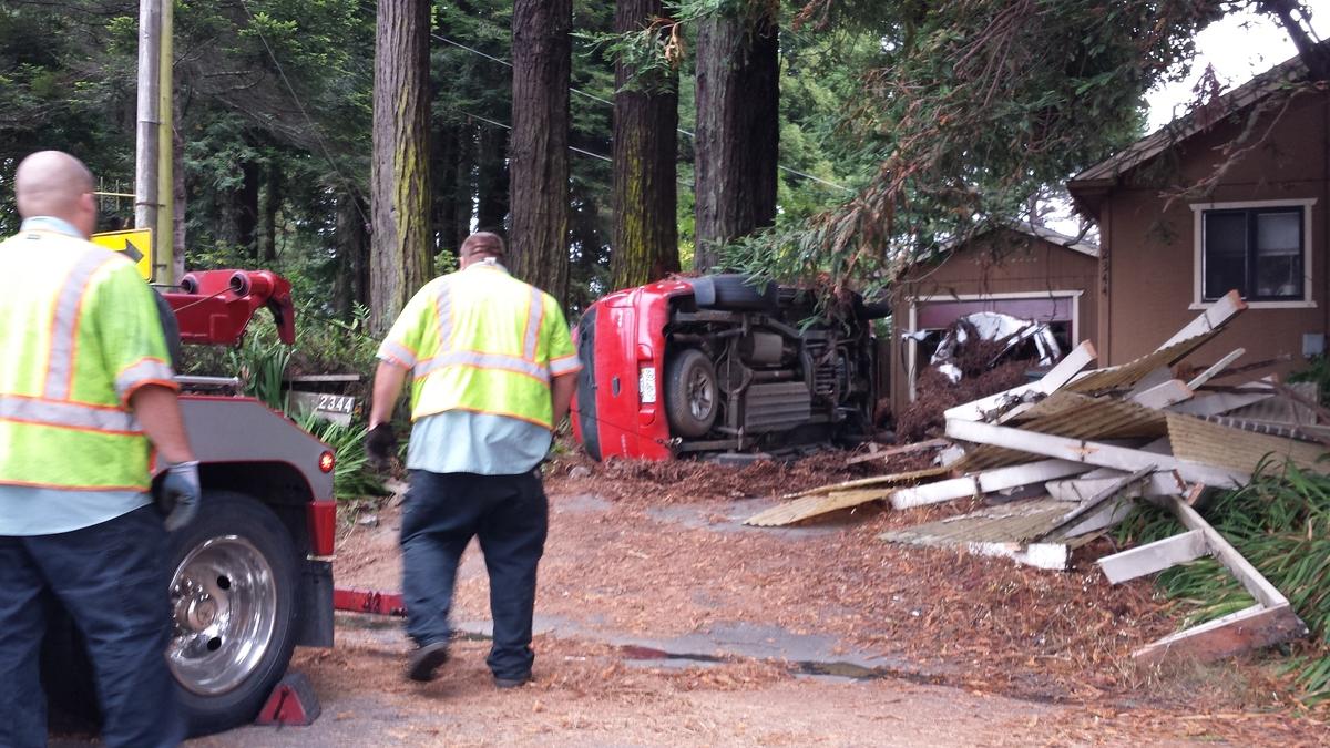 Car Smashes Into Cutten Home; Driver Runs Away