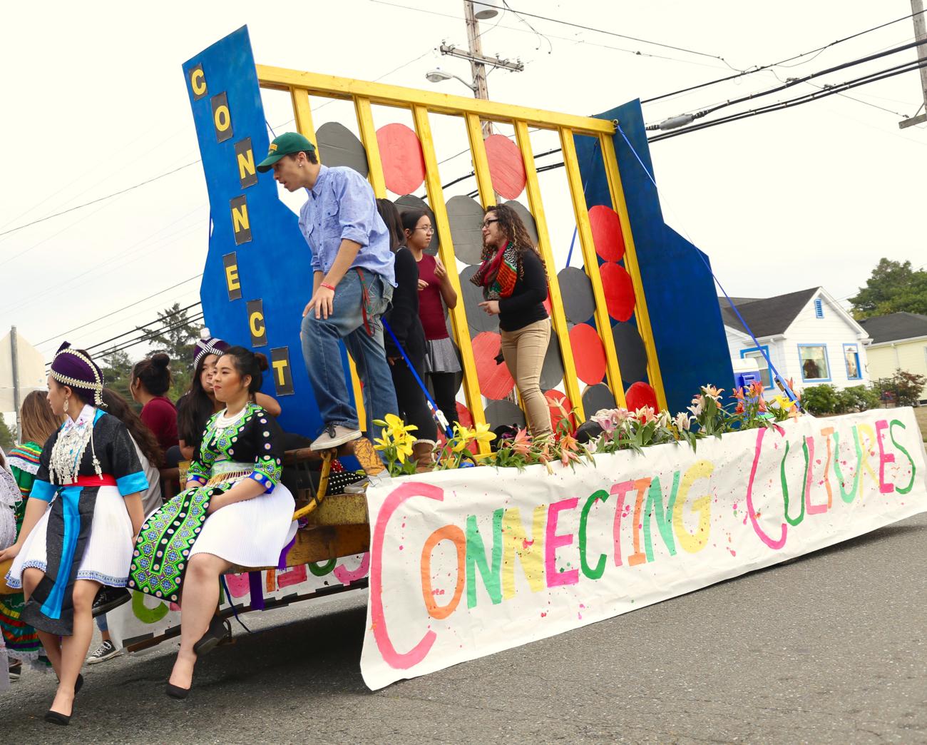 (PHOTOS) This Year's Eureka High Homecoming Parade Theme ...